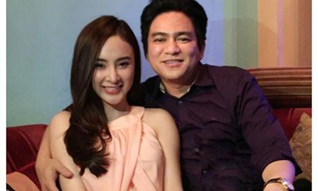 Showbiz 25/11: Ngoc Trinh tiec vi BTV Van Anh nghi viec, 'tinh cu' cua Phuong Trinh co nguoi moi - Anh 2