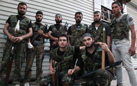 Phe doi lap Syria o Dong Aleppo dong y ke hoach nhan dao cua LHQ - Anh 1