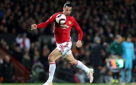 Cham diem MU 4-0 Feyenoord: Nga mu truoc Rooney - Anh 12