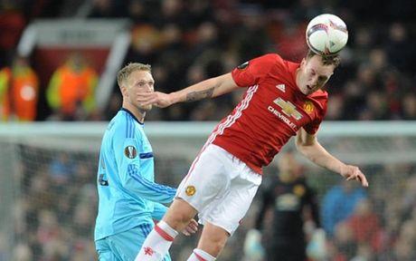 Cham diem MU 4-0 Feyenoord: Nga mu truoc Rooney - Anh 4