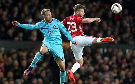 Cham diem MU 4-0 Feyenoord: Nga mu truoc Rooney - Anh 6