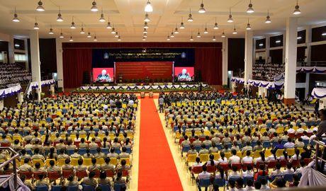 Hinh anh: Tong Bi thu Nguyen Phu Trong noi chuyen voi sinh vien Lao - Anh 10