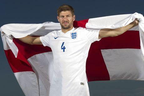 Steven Gerrard va doi hinh nhung ngoi sao 'vo duyen' voi DTQG - Anh 1