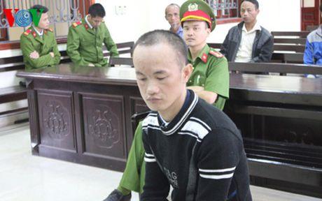 Linh an tu chung than vi di ban thue ma tuy - Anh 1