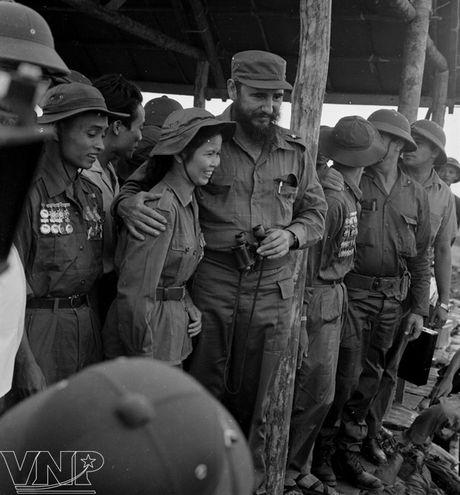 Lanh tu Fidel Castro va tinh cam keo son voi Viet Nam - Anh 5