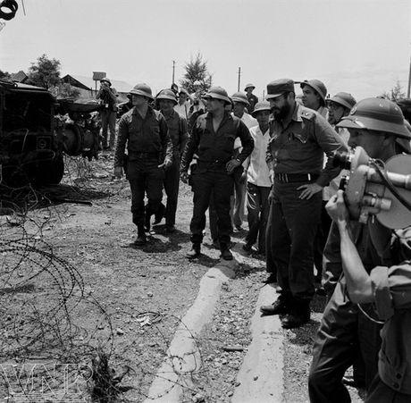 Lanh tu Fidel Castro va tinh cam keo son voi Viet Nam - Anh 6