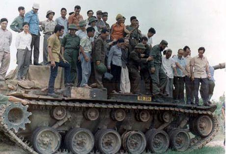 Lanh tu Fidel Castro va tinh cam keo son voi Viet Nam - Anh 7