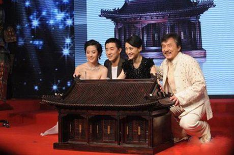 2 phi co nghin ty va tai san kech xu cua Thanh Long - Anh 6