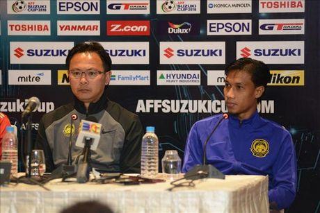 HLV Malaysia thua nhan gap nhieu bat loi truoc tran gap Myanmar - Anh 1