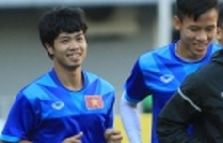 Diem tin sang 26/11: Martial bi Mourinho 'nan gan'; Cong Phuong san sang chien Campuchia - Anh 3