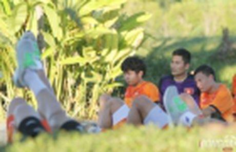Diem tin sang 26/11: Martial bi Mourinho 'nan gan'; Cong Phuong san sang chien Campuchia - Anh 4