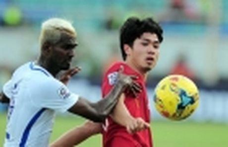 Diem tin sang 26/11: Martial bi Mourinho 'nan gan'; Cong Phuong san sang chien Campuchia - Anh 5