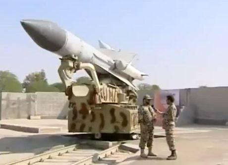 Bat ngo: Syria khoi phuc ten lua S-200, My-Israel 'lanh gay' - Anh 7