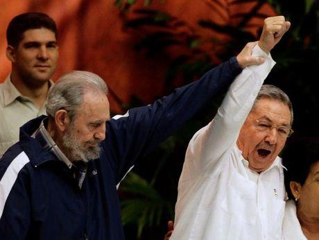 Lanh tu Cuba Fidel Castro qua doi o tuoi 90 - Anh 11