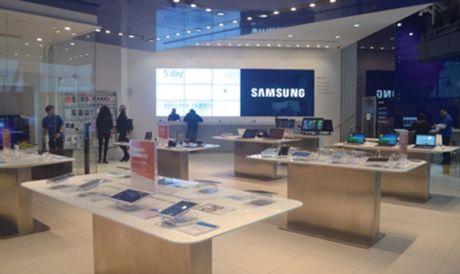 Soc: Samsung muon ban lai mang PC cho Lenovo? - Anh 1