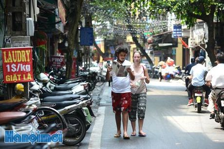 Cap thi thuc dien tu cho du khach quoc te: Tang suc canh tranh cho du lich - Anh 1
