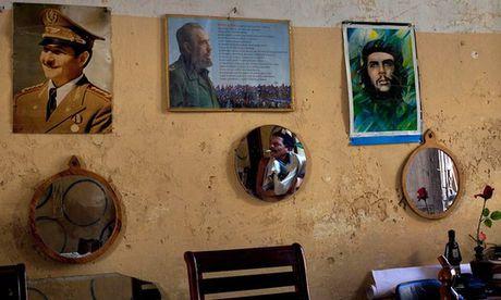 Cuoc doi in vao lich su cua lanh tu Fidel Castro - Anh 1