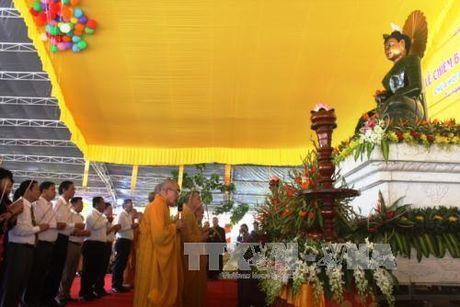 Chiem bai tuong Phat ngoc hoa binh the gioi - Anh 1