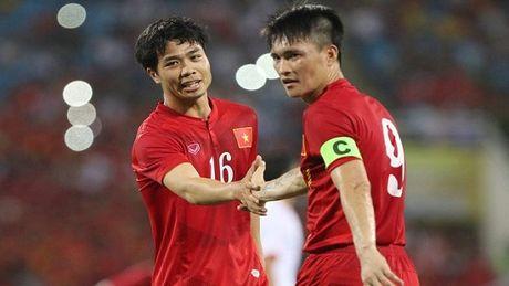 AFF Suzuki Cup 2016: Tuyen Viet Nam da bai Campuchia - Anh 1