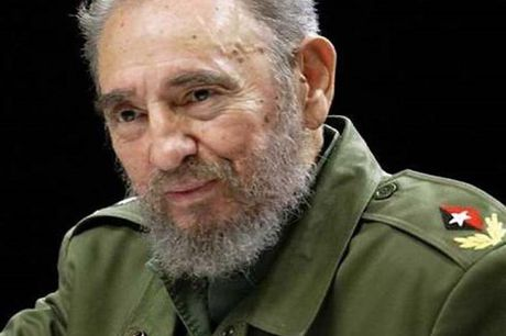 Lanh tu cach mang Cuba Fidel Castro qua doi o tuoi 90 - Anh 1