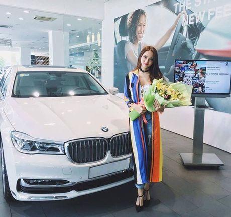 Huong Giang Idol ngay cang giau co - Anh 2
