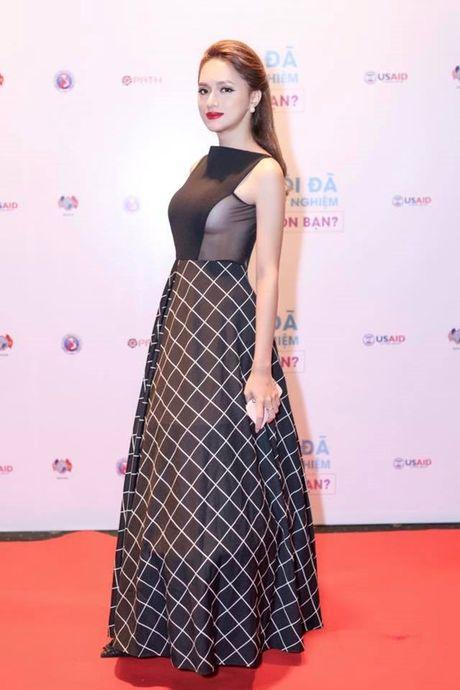 Huong Giang Idol - my nhan chuyen gioi hoa giau khi vao showbiz - Anh 9