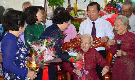 Mung dai tho phu nhan co Tong Bi thu Nguyen Van Linh - Anh 1