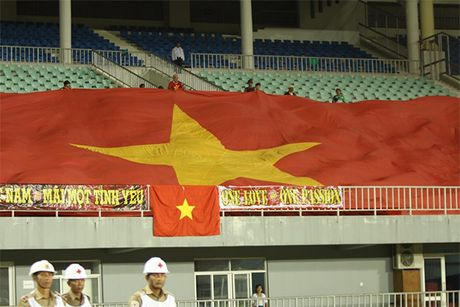 Tuyen Viet Nam ha Campuchia trong the 10 chong 11 - Anh 11