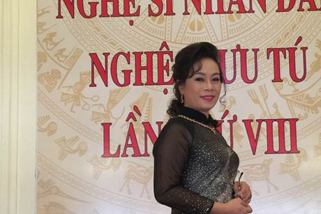 NSUT Thuy Phuong: 'Gai co cong, chong khong phu' - Anh 1
