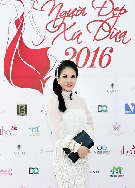 Hoa hau Le Thanh Thuy: Lam giam khao, toi kho tinh va ap luc vo cung - Anh 3
