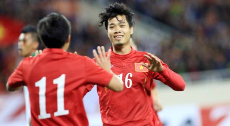 AFF Cup 2016: Tuyen Viet Nam gap bat loi voi dieu le giai - Anh 1