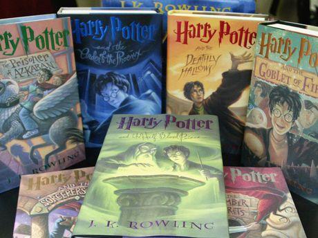 Harry Potter da 'bien' J.K. Rowling thanh ty phu nhu the nao? - Anh 1