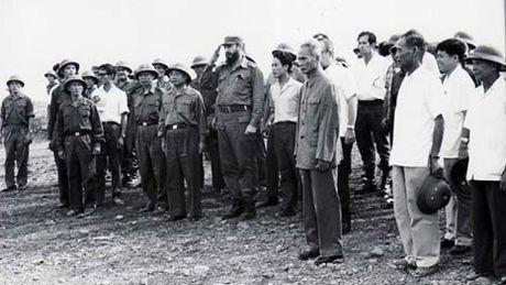 Chuyen tham lich su cua Chu tich Fidel den Quang Tri nam 1973 - Anh 2