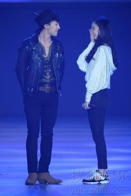 Mac dan mang 'xau xi' dem pha, Big Bang luon la than tuong cua moi idol - Anh 4