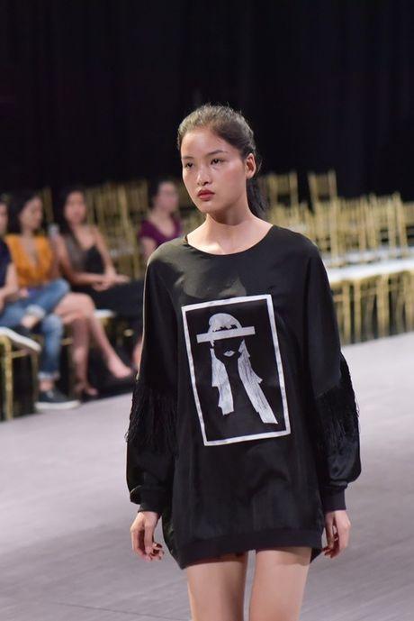 Im lang truoc moi 'lum xum', Hoang Thuy binh than tap luyen cho VDFW 2016 - Anh 4