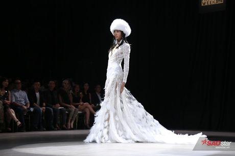 Lan Khue khoe trinh 'cua san' dieu luyen voi vai tro mo man trong Xita show - Anh 8