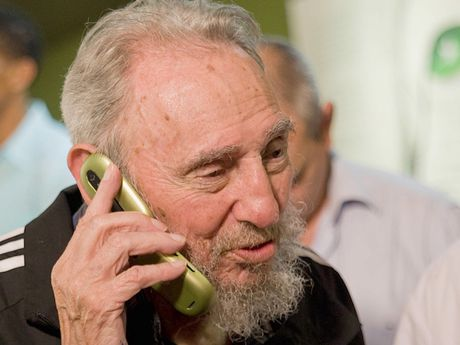 Fidel Castro, nha cach mang ham hoc hoi, thich luot web - Anh 1