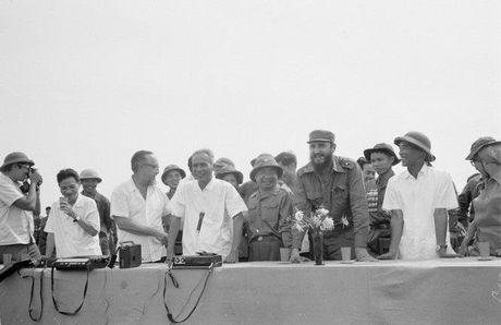 Chuyen tham Quang Tri cua Chu tich Fidel Castro - Anh 2