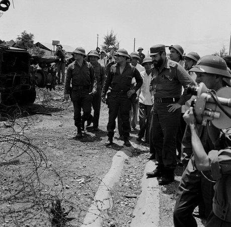 Chuyen tham Quang Tri cua Chu tich Fidel Castro - Anh 4