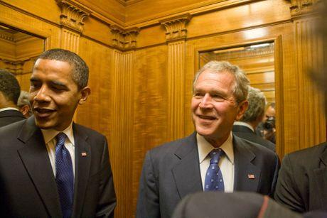 Nhung buc anh ke chuyen lan dau bo ngo cua Obama o Nha Trang - Anh 3