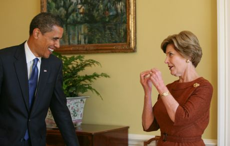 Nhung buc anh ke chuyen lan dau bo ngo cua Obama o Nha Trang - Anh 9