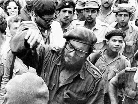 Vinh Con Lon - su kien cung co tai lanh dao cua Castro - Anh 1