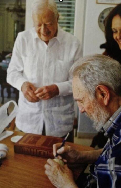 Nhung nam cuoi doi Lanh tu Fidel Castro duoi goc nhin cua con trai - Anh 10
