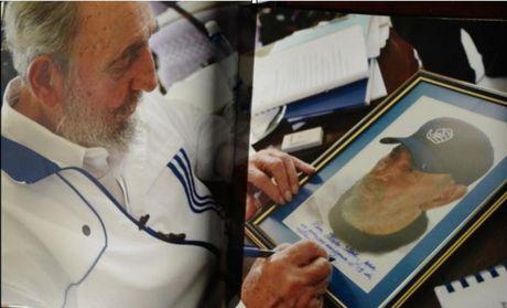 Nhung nam cuoi doi Lanh tu Fidel Castro duoi goc nhin cua con trai - Anh 4