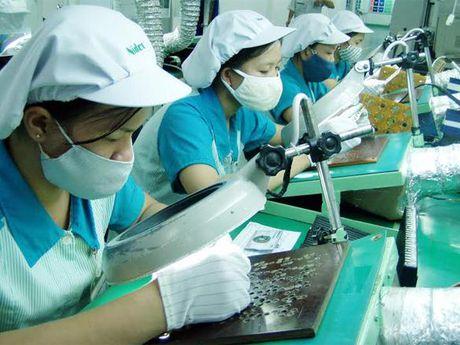 Khong co du an lon, von FDI vao Viet Nam thang 11 chi 490 trieu USD - Anh 1