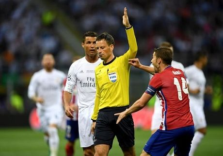 CDV Atletico kien UEFA vi tran thua o chung ket Champions League - Anh 2