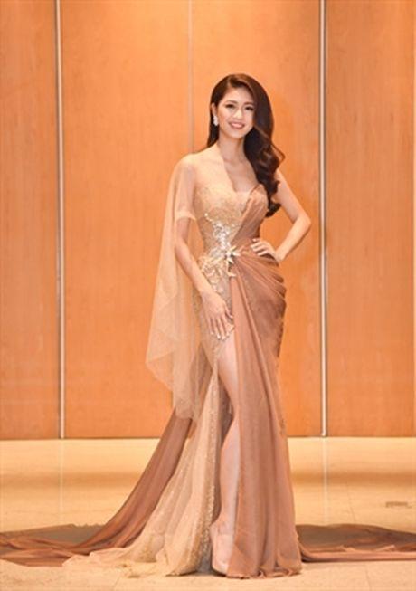 Cu the nay, A hau Thanh Tu lai som 'vuot mat' Hoa hau My Linh - Anh 2