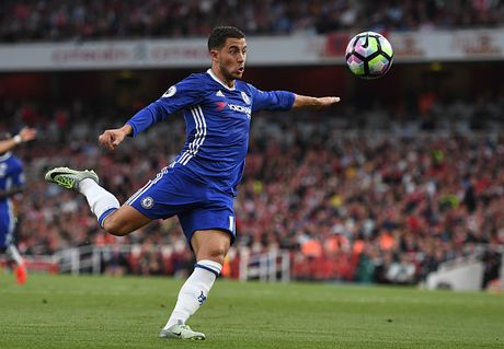 Doi hinh manh me giup Chelsea giu vung ngoi dau truoc Tottenham - Anh 10