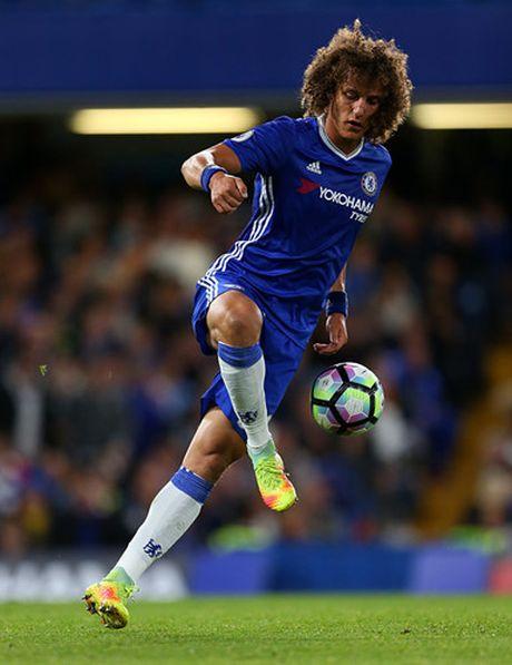 Doi hinh manh me giup Chelsea giu vung ngoi dau truoc Tottenham - Anh 2