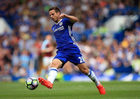 Doi hinh manh me giup Chelsea giu vung ngoi dau truoc Tottenham - Anh 4